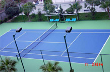 亞強體育施工案例:丙烯酸(suan)網籃球場,