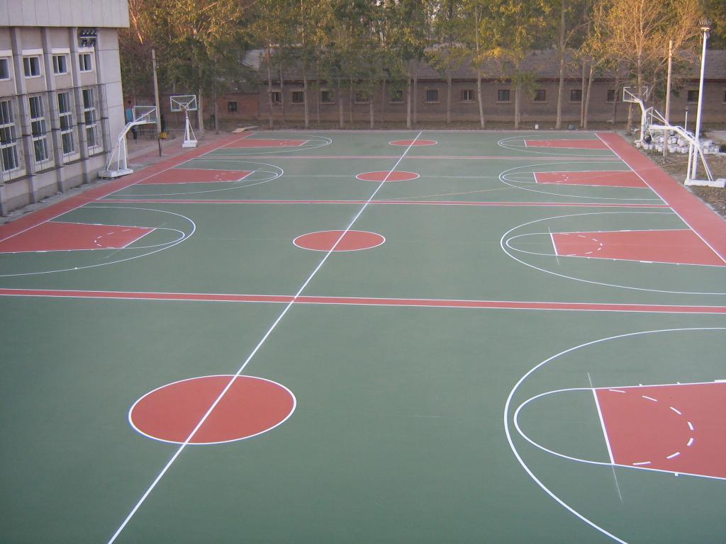 一、设计支持保证: 1、技术支持:可全面提供工程技术资料及相关文件,免费提供各项技术咨询服务。 2、免费设计:提供项目前期免费设计服务。打造最适合的体育设施。 二、工程质量保证: 1、质量保证:保证丙烯酸或硅PU球场使用寿命5年以上,塑胶球场、跑道使用寿命10年以上,人造草寿命8年以上,丙烯酸场地三年后免费翻新一遍。质量上乘,用户无需担忧。 2、品质信心:可提供一年免费保修服务,终身保修维护。客户用的放心。 三、工程技术保证: 1、工程技术:我公司工程部拥有专业设计施工技术人员及管理人员,工程技术成熟、规